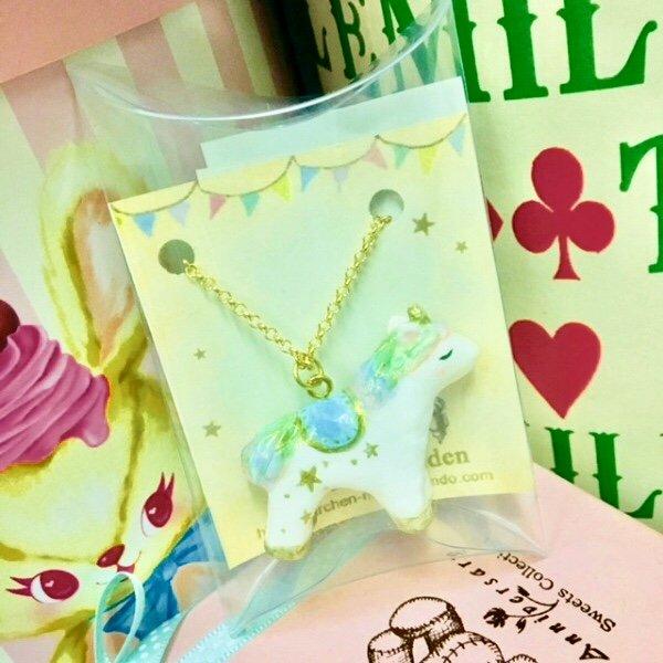 画像1: 【メルヘンメイデン】・虹色ユニコーン ネックレス (1)